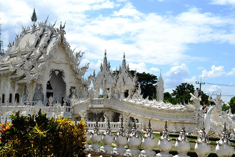 Thailand - Wat Rong Kun - A Beautiful Sight to behold